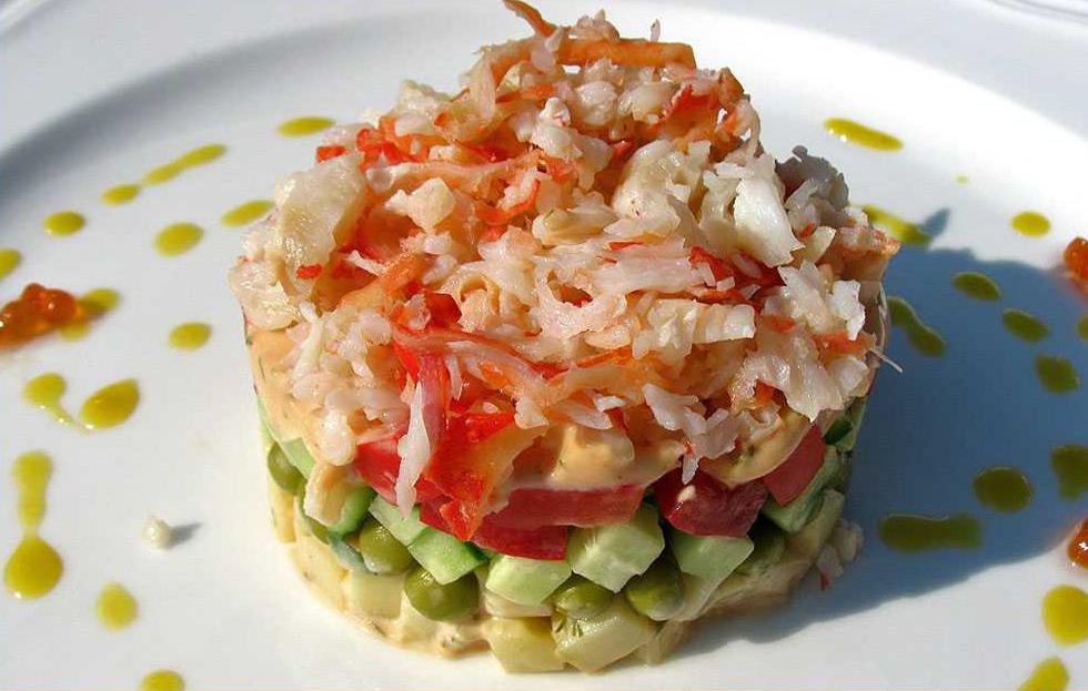 Крабовый салат с мясом краба опилио